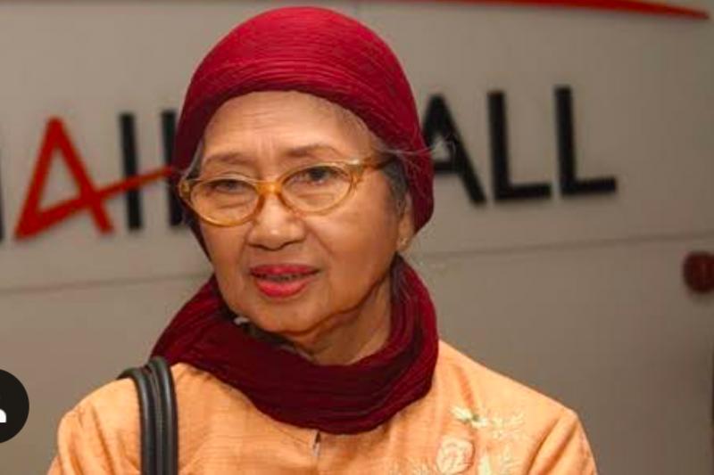 Aktris senior Ade Irawan meninggal dunia