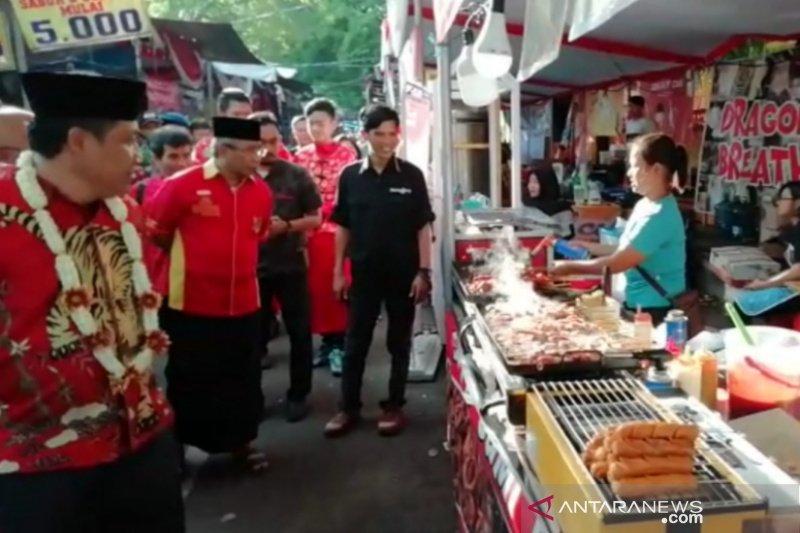 Pasar Imlek diharapkan dongkrak perekonomian  masyarakat