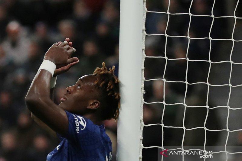 Chelsea kalah 0-1 dari Newcastle United, Lampard sebut timnya tak bisa terus andalkan Abraham