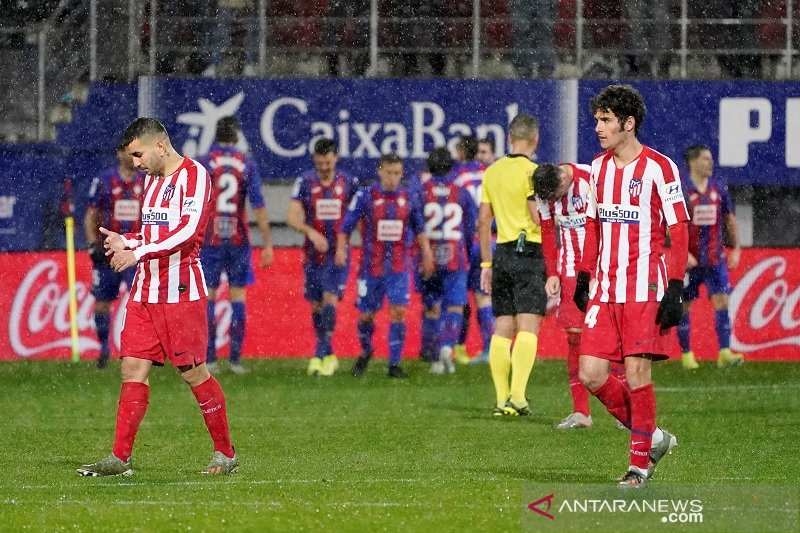 Unggul penguasaan bola 61 persen, Atletico Madrid dipermalukan Eibar 2-0