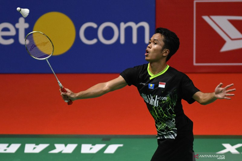 Pebulu tangkis tunggal putra Indonesia Anthony Ginting melesat ke peringkat lima dunia