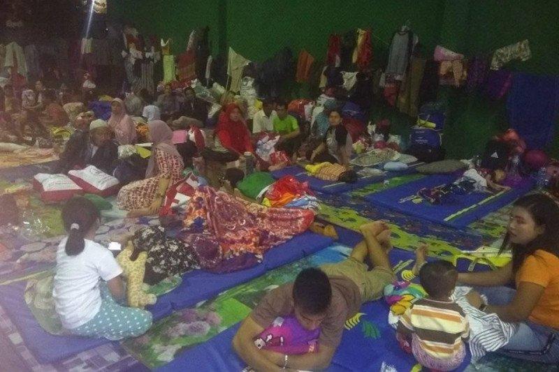 Pengungsi korban banjir Lebak mulai berkurang