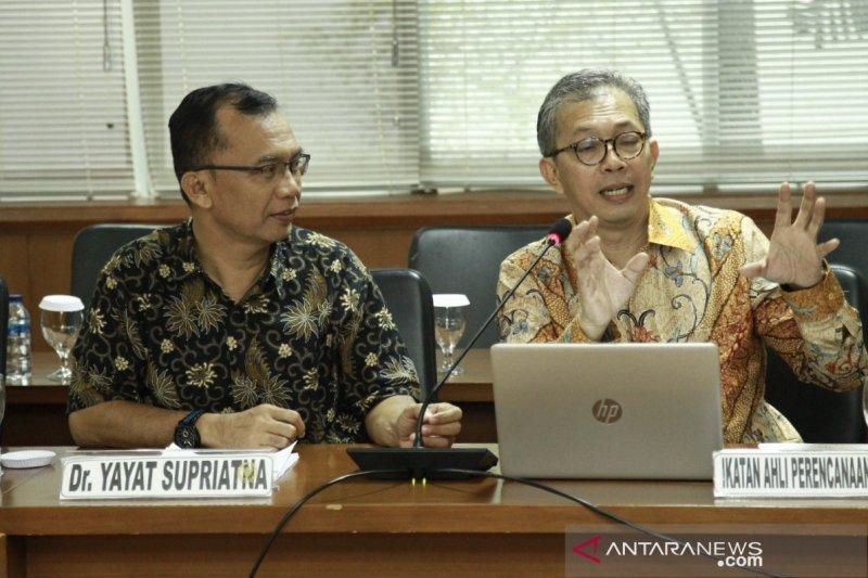 Pakar sebut pemindahan ibu kota negara dorong ekonomi di luar Jawa