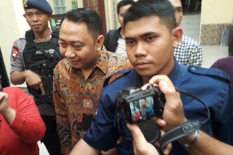 Bupati dan mantan Wakil Bupati Lampung Utara jadi saksi sidang suap fee proyek