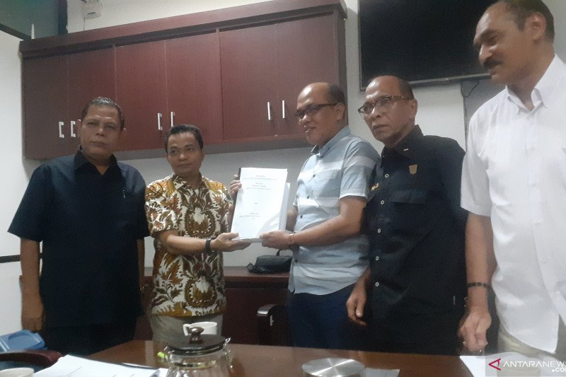 Irwan Prayitno santai sikapi usulan interpelasi DPRD Sumbar
