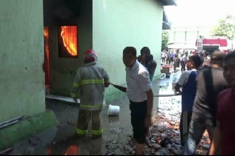 Kebakaran Pondok Gontor di Ponorogo diduga akibat korsleting listrik