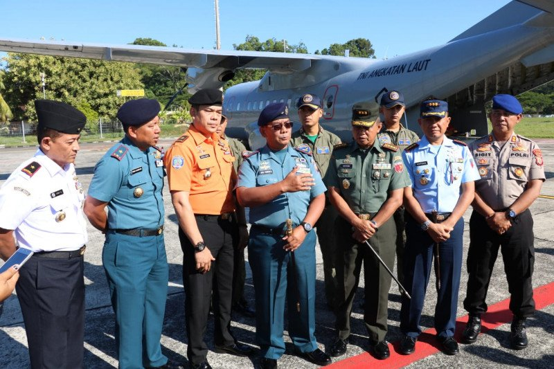 Tim gabungan operasi udara cari Kapal Panji Saputra