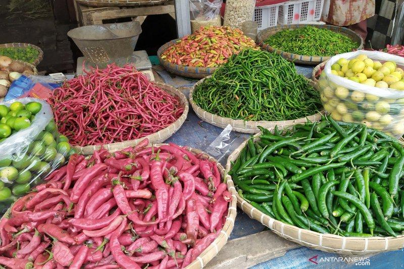 Harga cabai rawit di pasar Bandung melonjak capai Rp100 ribu per kilogram