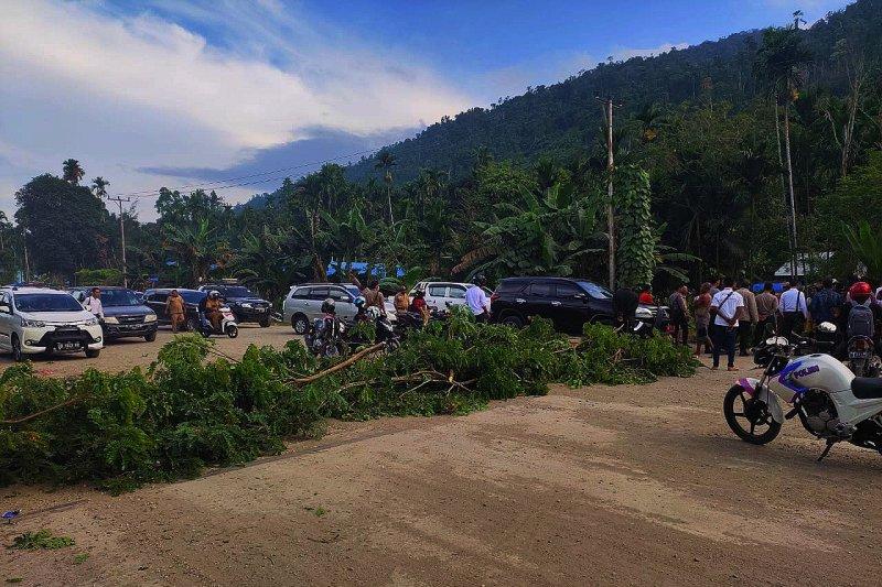 Masyarakar Wondama minta pembangunan jalan Wasior-Rasiei dipercepat