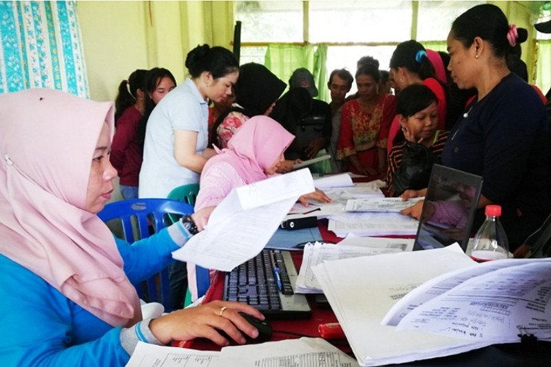 Program 'Simpun' Disdukcapil Kapuas disambut antusias warga Mandomai