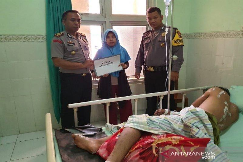 Korban tersengat listrik peroleh tali asih dari Polres Batang