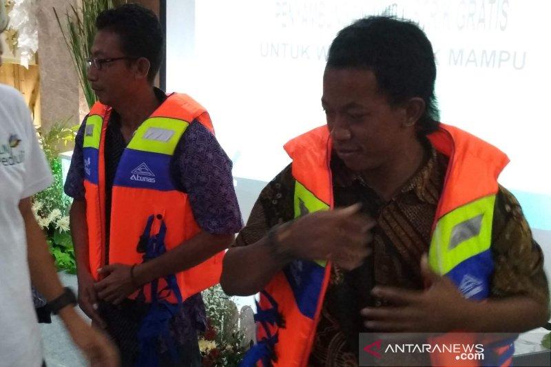 Nelayan di Pati diimbau gunakan jaket pelampung saat melaut