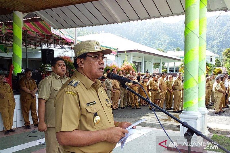 Bupati Kepulauan Sangihe meminta ASN tingkatkan kinerja