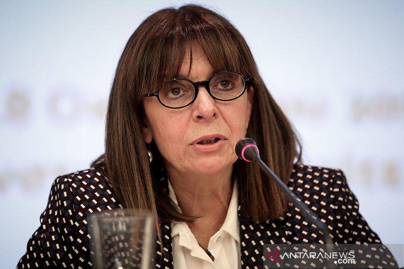 Presiden perempuan pertama Yunani ambil sumpah jabatan