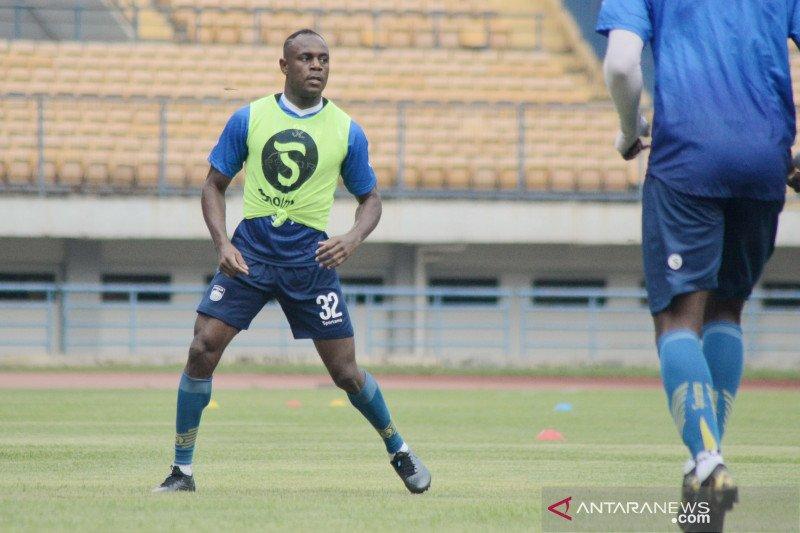 Ikut latihan perdana, Igbonefo ingin Persib Bandung lebih baik dari musim lalu