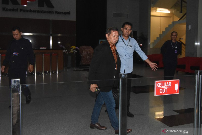 RJ Lino usai jalani pemeriksaan di KPK