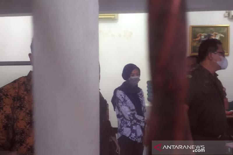 Pegawai Pegadaian Pasar Cerme Purwokerto ditahan
