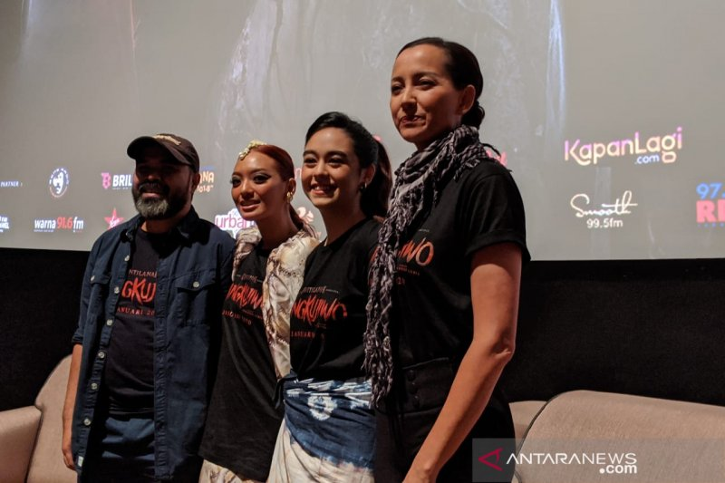 "Artis Asmara Abigail: ""Semoga kita makin sayang kuntilanak"""