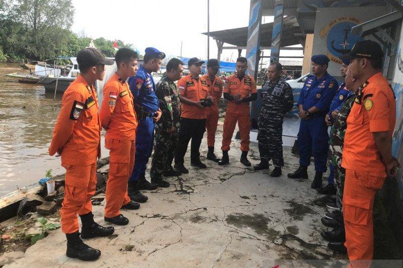 Tim SAR cari nelayan yang hilang di laut Timur Lampung Timur
