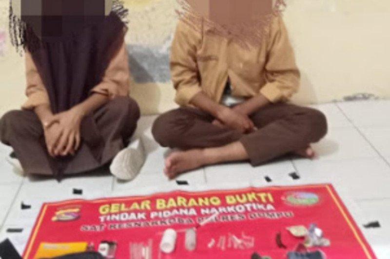 Miris, dua pelajar SMP di Dompu ditangkap simpan alat isap sabu dalam jok motor