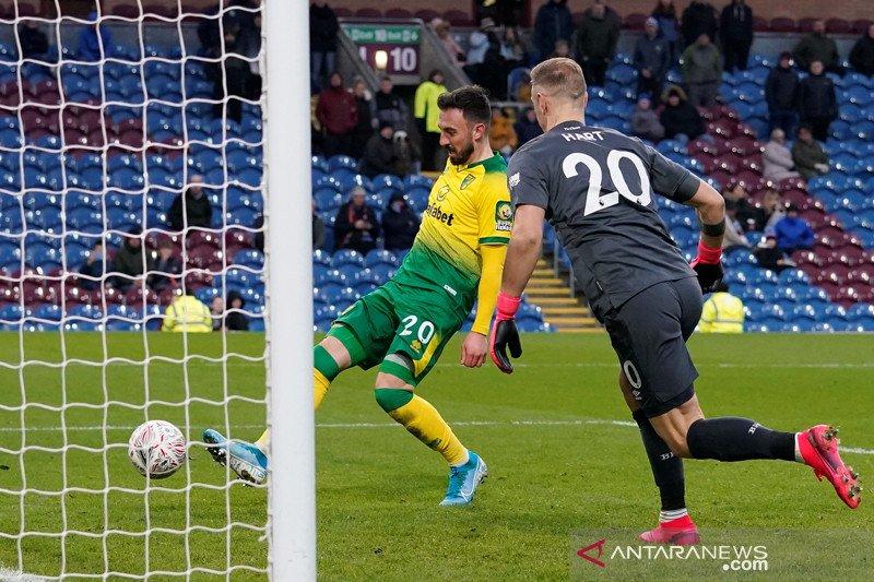Hart ingin kembali jadi kiper utama meski harus tinggalkan Inggris