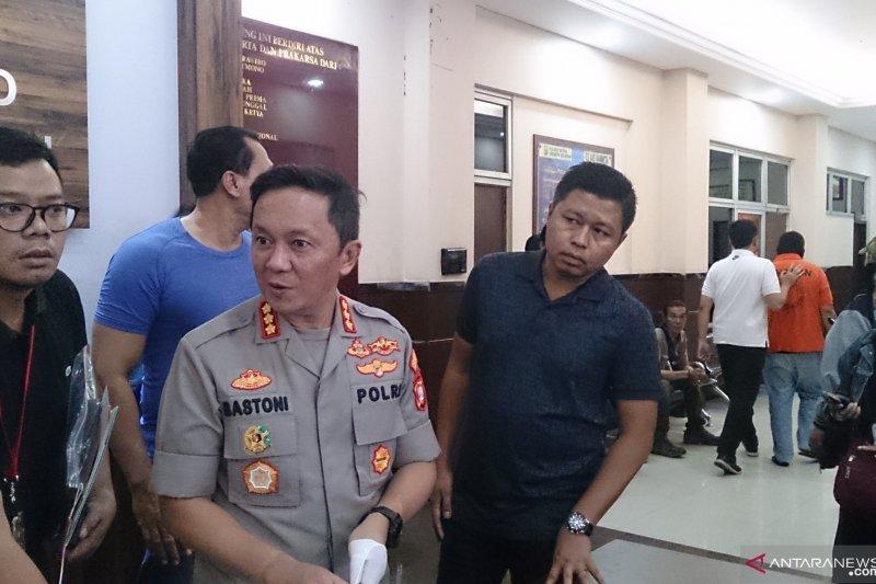 Polisi tangkap pelaku porno aksi