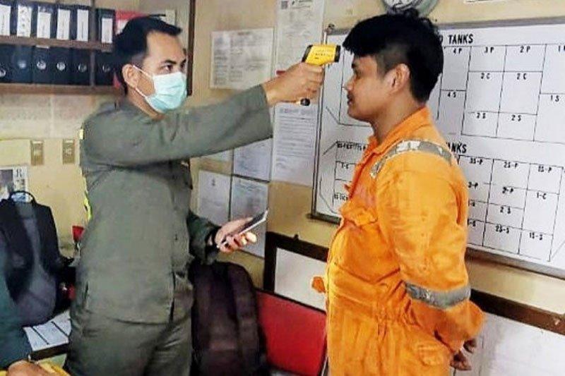 Pekerja bongkar muat Pelabuhan Sampit diminta waspadai virus corona