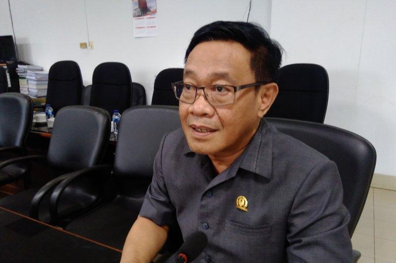 DPRD harapkan PAD kalsel terus meningkat