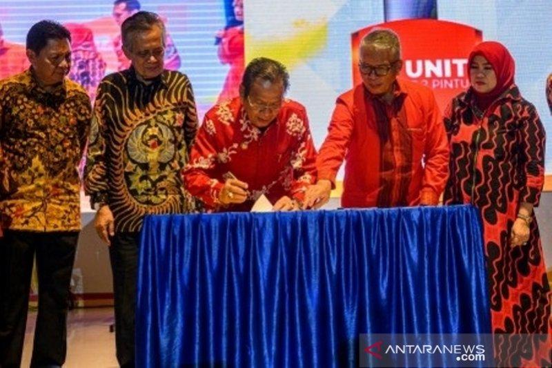 Gubernur - Bank Sulteng tanda tangani pengembangan Bank Sulteng