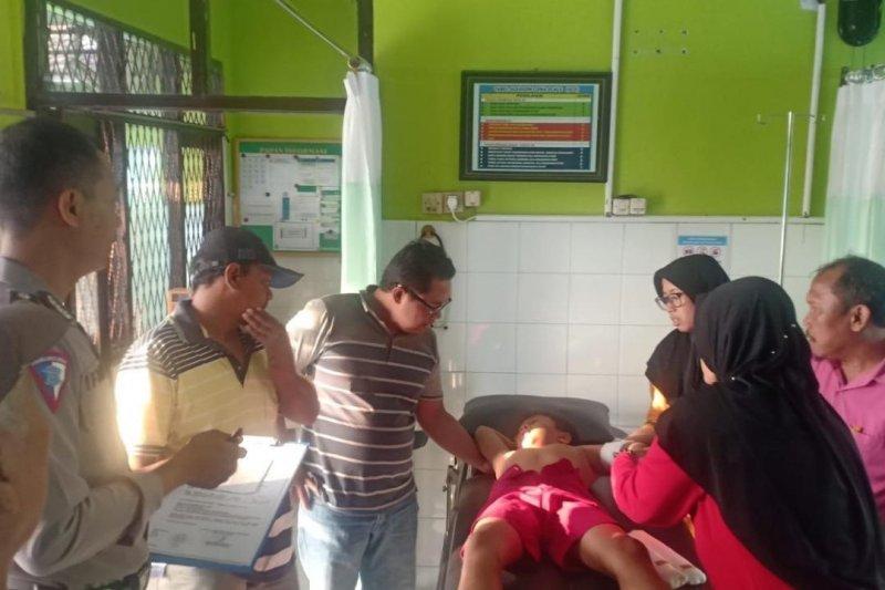 Siswa SD tersenggol kereta api di Kediri