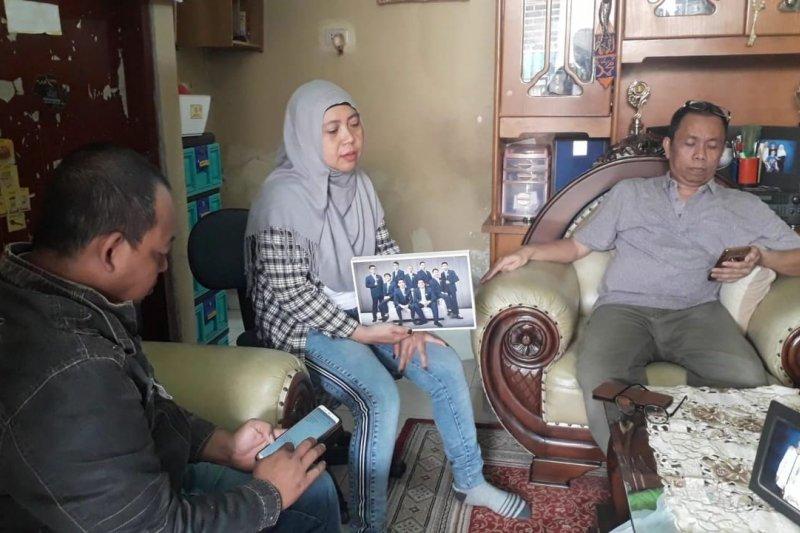 Orangtua mahasiswa  harap bantuan pemerintah pulangkan anaknya dari China