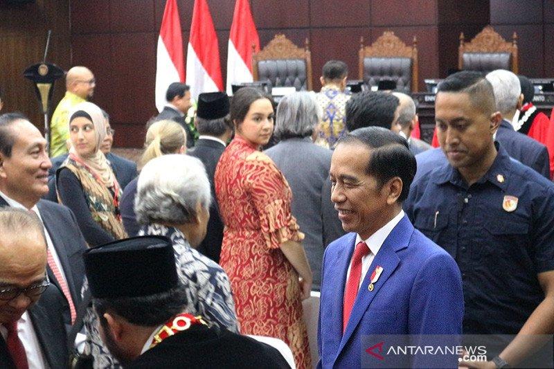 "Presiden Jokowi minta dukungan MK terkait ""omnibus law"""