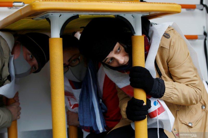 Jelang Olimpiade, warga asing di Tokyo belajar hadapi gempa bumi
