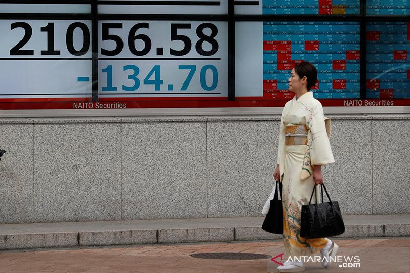 Saham Tokyo dibuka merosot, tertekan pelemahan Wall Street