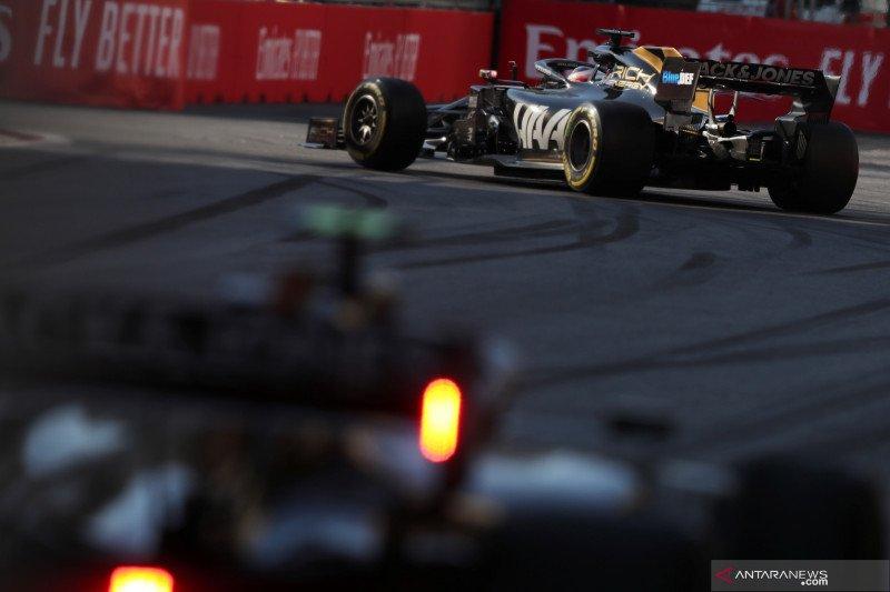Tim Haas luncurkan mobil F1 2020 pada hari pertama tes pramusim Barcelona