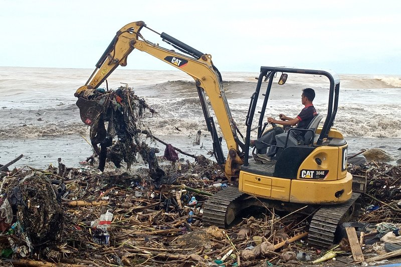 Volume sampah di Payakumbuh bertambah saat hujan
