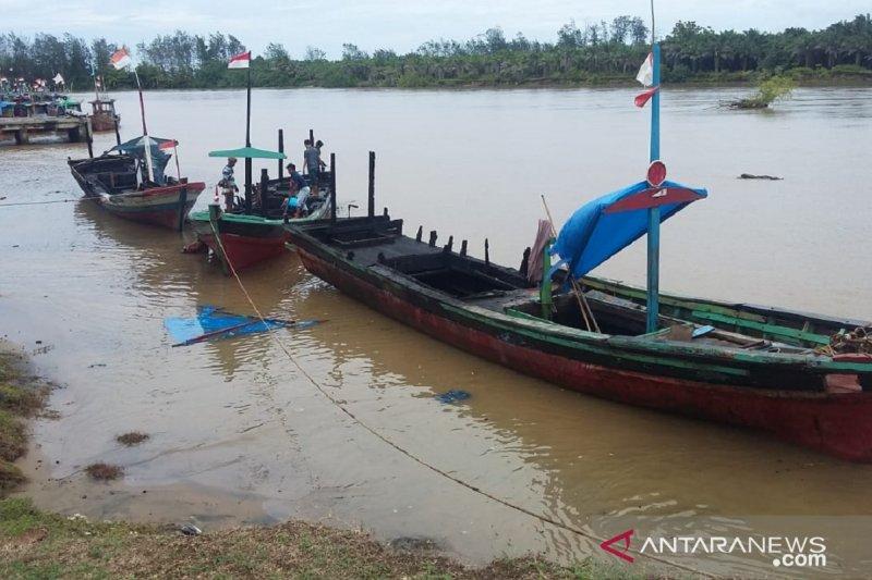 Tiga kapal nelayan di Bengkulu terbakar