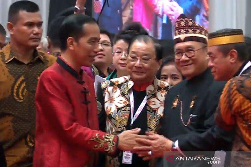 Hadir di perayaan Imlek nasional, Presiden Jokowi kenakan Cheongsam