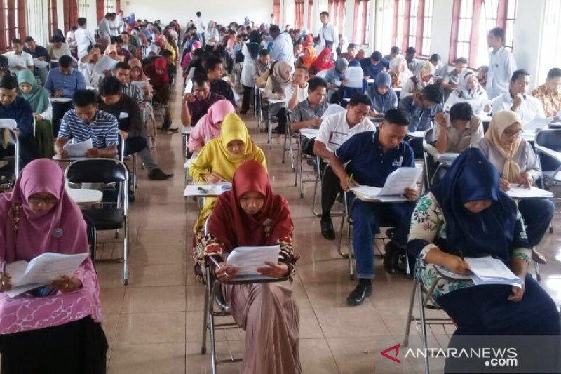 231 calon anggota PPK Solok Selatan ikuti ujian tertulis