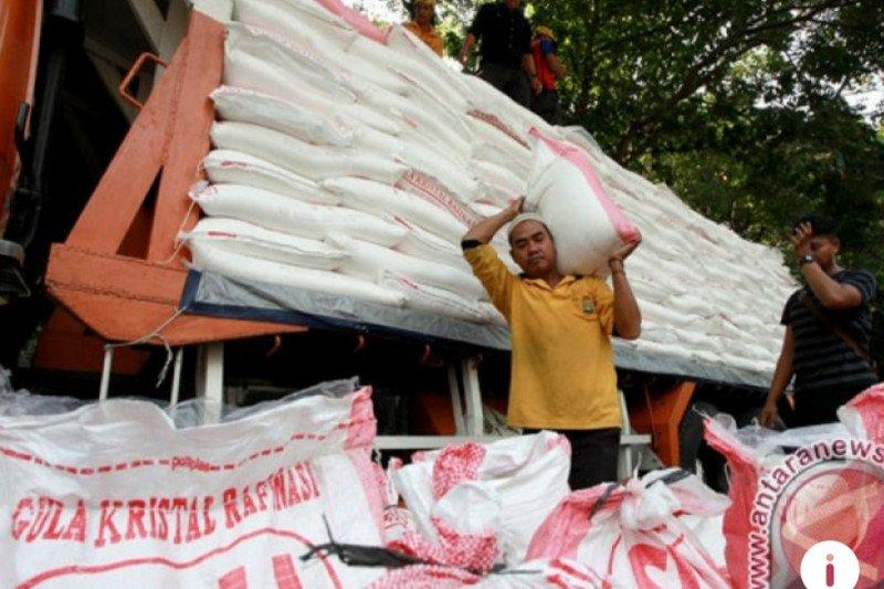 Stok gula rafinasi menipis, industri terancam berhenti produksi