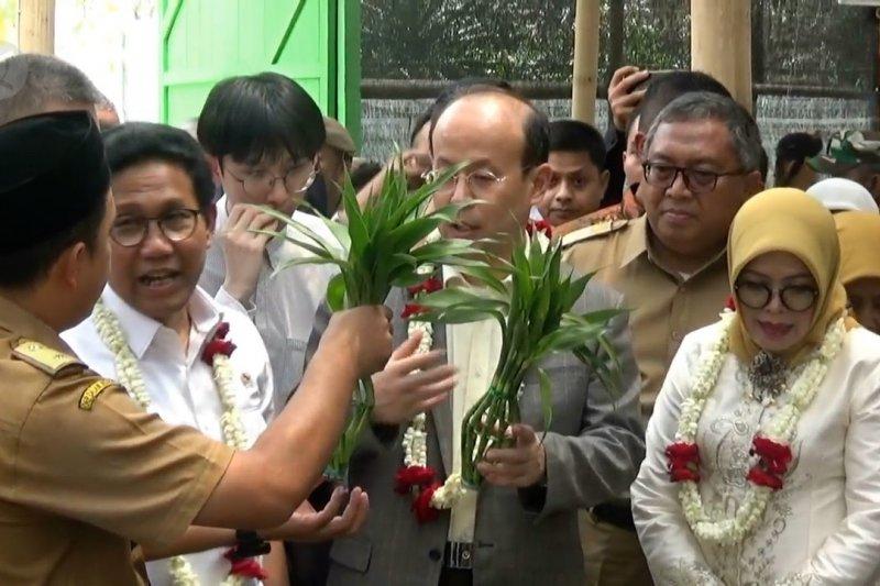 100 desa di Indonesia bekerja sama di bidang ekonomi dengan China