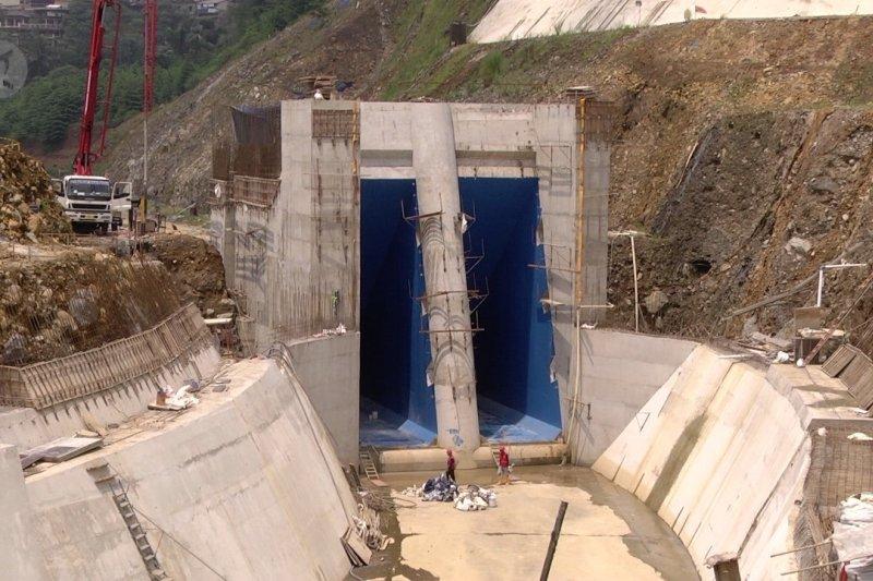 Langkah pemerintah tangani banjir dari hulu ke hilir
