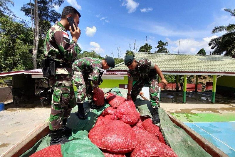 Satgas Pamtas 641 amankan 5,4 ton bawang merah