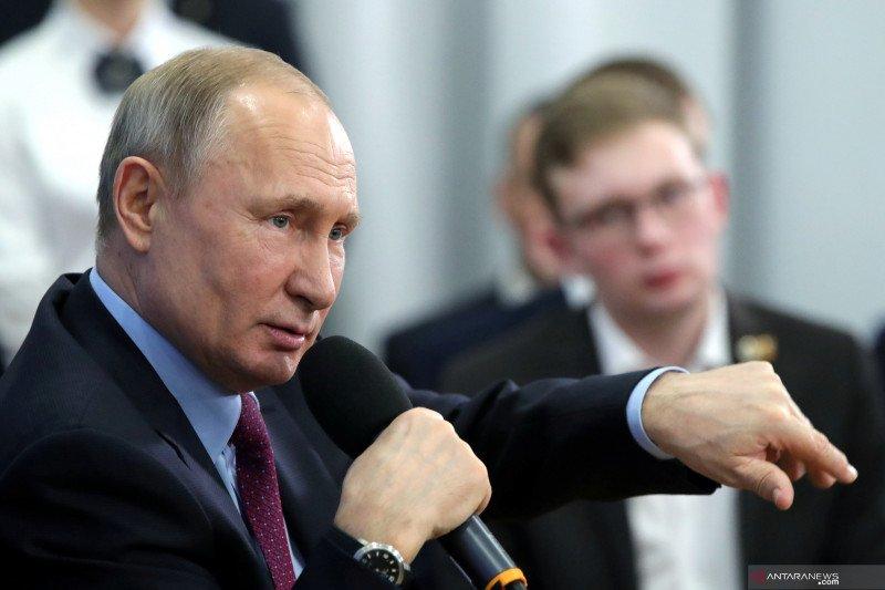Putin akan disuntik vaksin Rusia Sputnik V