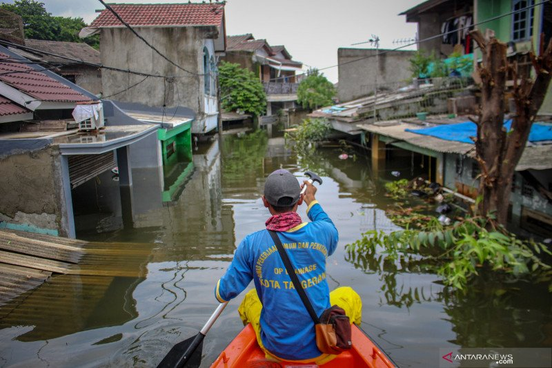 Banjir rendam Periuk Damai kota Tangerang