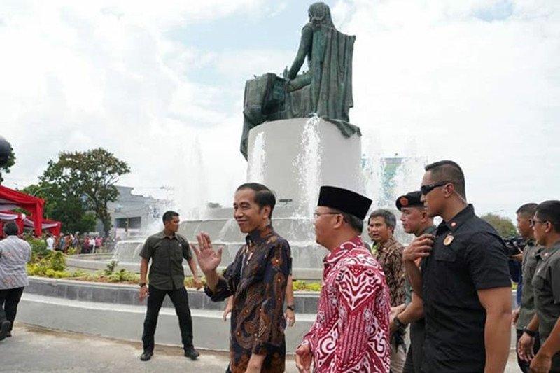 Presiden Jokowi resmikan Monumen Fatmawati di Bengkulu