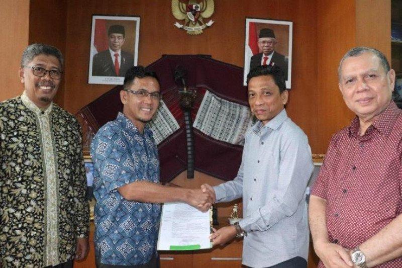 Tri Martial guru besar baru Universitas Islam Sumatera Utara