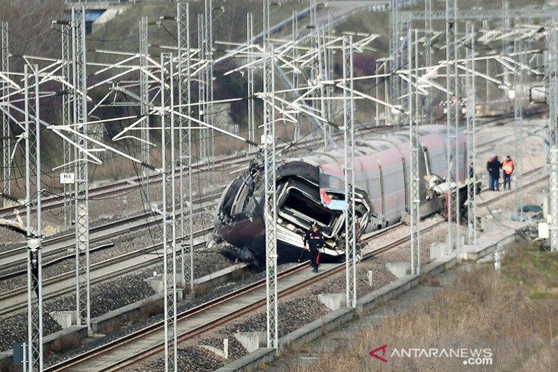KA cepat anjlok di Milan-Italia, dua orang tewas