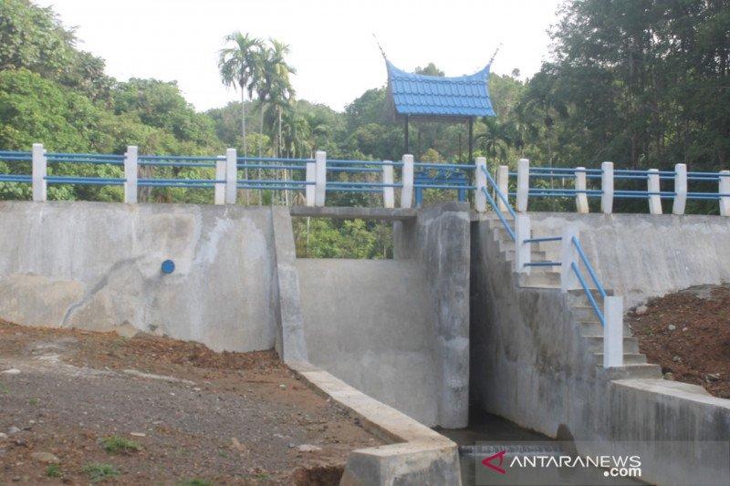 Embung Tanah Kareh Batang Kapas aliri 200 hektare sawah