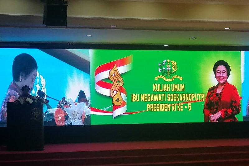 Megawati kasih pesan kepada taruna Akmil dedikasikan diri untuk negara